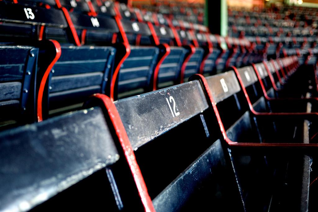 fenway-park-empty-seats_pop_15947